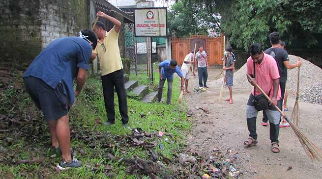 """Swachhata Hi Seva"" organised at various places to mark the Gandhi Jayanti"