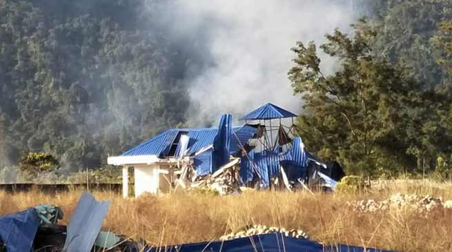 Assam officials demolished tourist lodges at Assam-Arunachal border