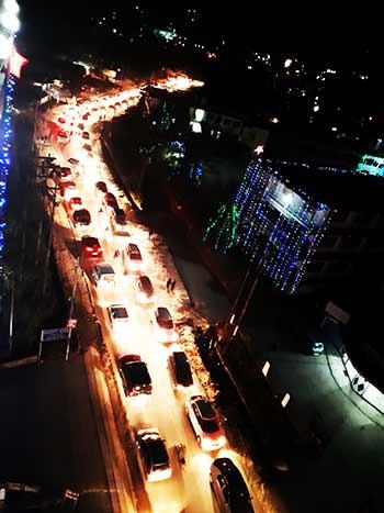 Massive Traffic Jam between Itanagar-Naharlagun after an road accident