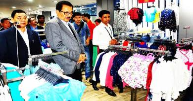 "Chowna Mein inaugurates fashion retail outlet ""Inmark"""