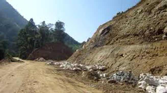 Arunachal: Chowna Mein discuss the issue on Potin to Pangin Trans-Arunachal Highway
