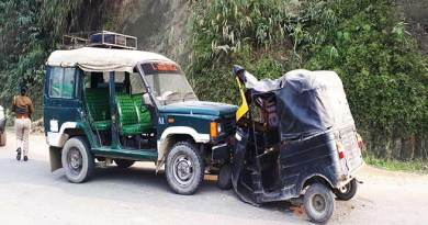 Itanagar: Auto Rickshaw collided with Trekker, 1 injured