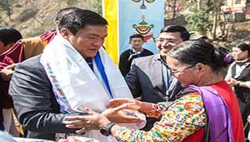 Arunachal: Khandu attends National Conference on Buddhist Education