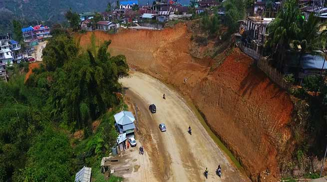Arunachal : Mein reviews progress of work of Itanagar-Papu Nallah NH