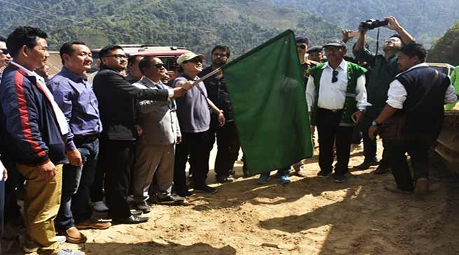 Arunachal : Felix flag off Construction work of NH-713 in Kra Daadi district