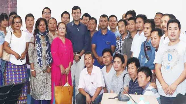 Itanagar: Dist Admin distributes Furniture to capital schools