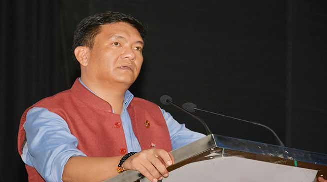 Arunachal: Khandu calls upon Ministers, MLAs, Party leaders to be active in Social Media