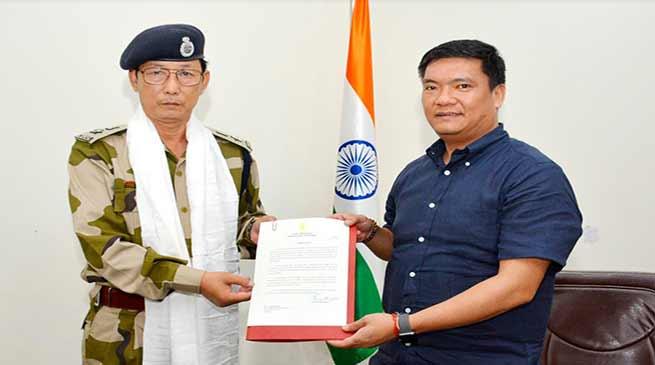 Arunachal: CMO bid farewell to K Deru, CSLO