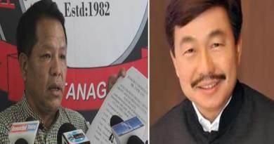 Arunachal: Nabam files PIL against Tapir Gao, Tapir ready to challenge