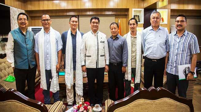 Arunachal: MOC members calls on CM Khandu