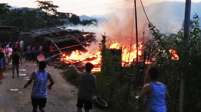 Itanagar :  Several house gutted in Dokum colony