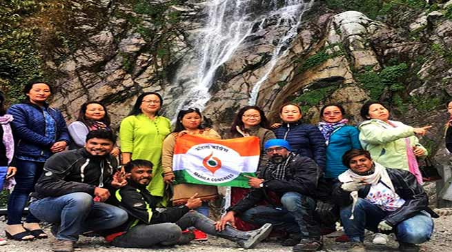 Arunachal: APMCC hoist it's flag at Bomdila and Tawang