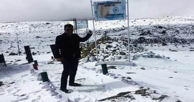Arunachal: Tawang, Bum-La Pass witness season's 1st snowfall