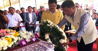 Arunachal CM attends funeral of late Nabam Runghi