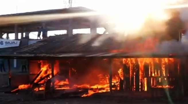 Arunachal: 5 shops gutted in Pasighat fire