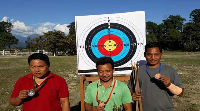 Arunachal:Army organises Traditional Archery Competition at Pasighat