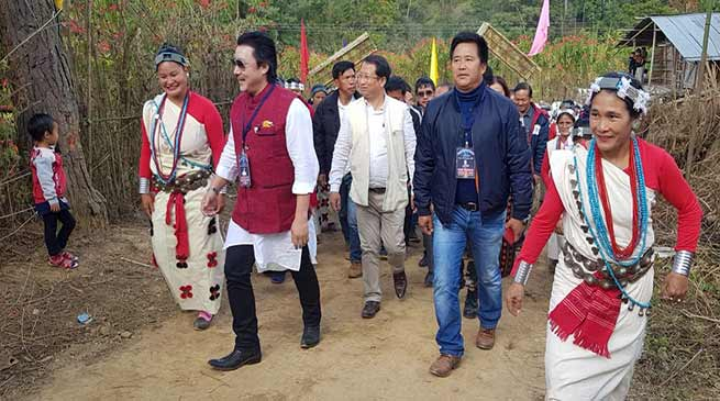 Arunachal: Likha Saaya inaugurates PMGSY road from Tanyo to lej puchu in Yazali