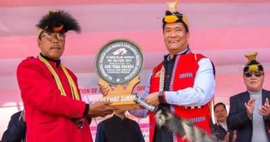 Arunachal: Khandu announces hike in monthly honorarium of Gaon Burahs