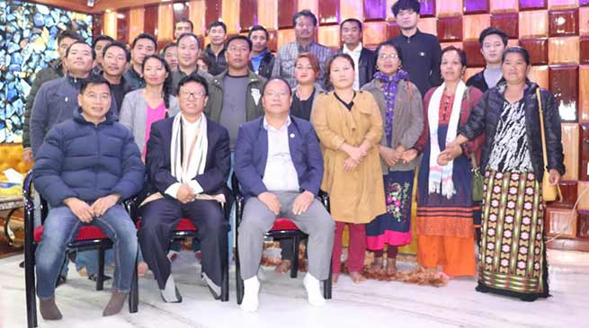 Itanagar: Likha Maj extends support to Taba Tedir candidature from Yachuli