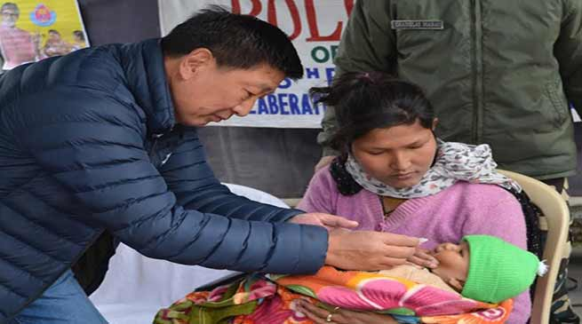 Arunachal: 115 polio booths according to micro plan prepared by District Immunisation cell Tawang, were active in giving pulse polio oral drops.