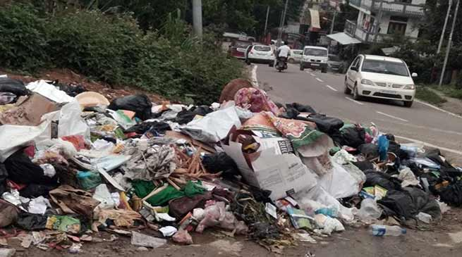 Roadside garbage dumping continues unchecked in Itanagar and Naharlagun