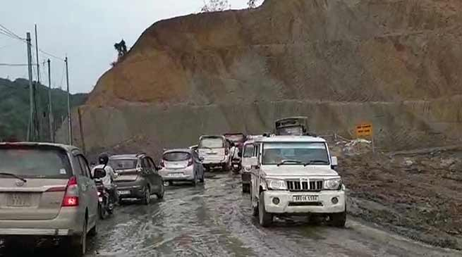 Arunachal: Complete the NH-415 work by October- Khandu orders contractors