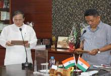 Photo of Arunachal: Sagalee MLA Nabam Tuki administered oath of secrecy as by Speaker PD Sona