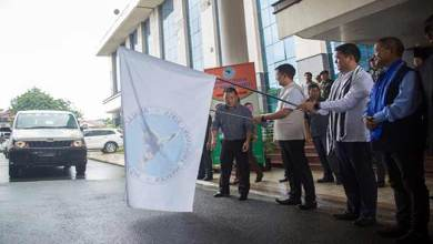 Photo of Arunachal: Khandu flagged off 30 Mahindra Xylo for APSTS
