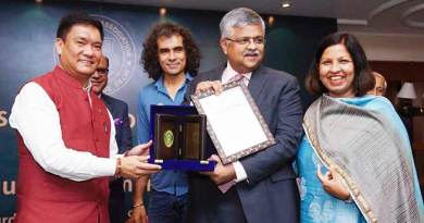 Hindu College Awarded its Illustrious Alumni at the 17th edition of Distinguished Alumni Awards-2019