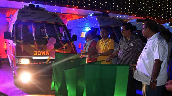 Arunachal: Chowna Mein flags off four ambulance called 'Peheli Savari' in Namsai