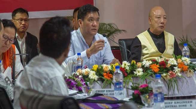 Arunachal CM urges PWD engineers to work in a transparent manner