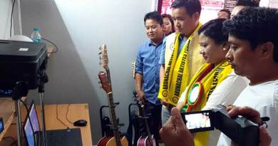 Arunachal: Develop their artistic quality, Jikke Tako says to Artists of the states