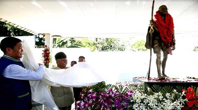 Arunachal Governor, CM Unveiled Statue of Mahatma Gandhi