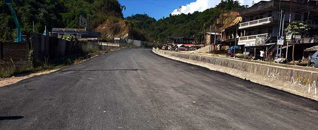 Itanagar: Carpeting with recycled plastic on NH-415 on trial basis