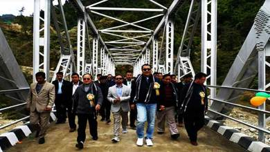 Photo of Chowna Mein inaugurates span Steel Bridge over Pare River at Balapu