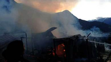 Arunachal: 3 shops gutted in a fire in Koloriang