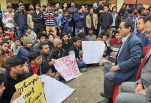 Photo of Arunachal: NIT students stage dharna, demanding their permanent campus