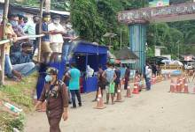 Photo of Arunachal: Huge Crowd in Banderdewa checkgate, Admin to increase testing capacity