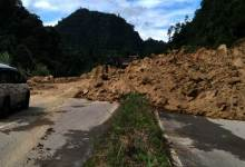 Itanagar: Massive Landslide in NH-415 near Hollongi