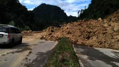 Photo of Itanagar: Massive Landslide in NH-415 near Hollongi