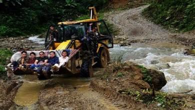 Arunachal: Tali MLA Jikke Tako traveling in JCB, photos go Viral