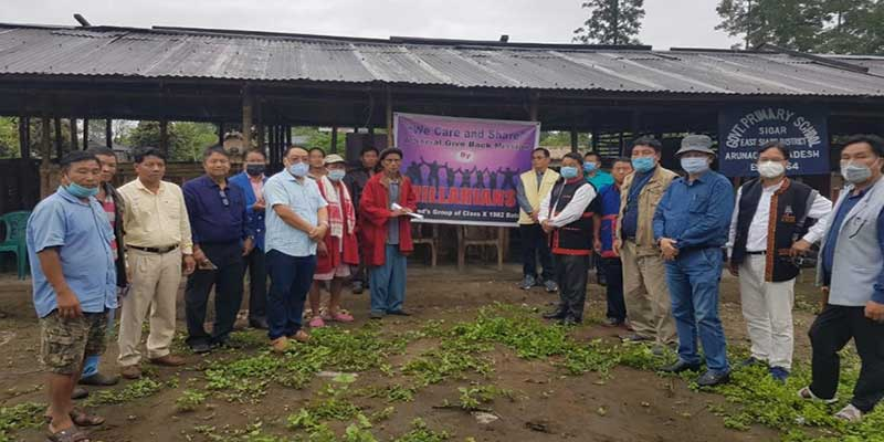 Arunachal- 'Hillarians group' donates funds to flood affected Pry School Sigar