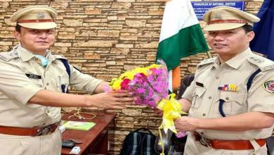 Photo of Itanagar Capital SP Tumme Amo hands over charge to Jimmy Chiram