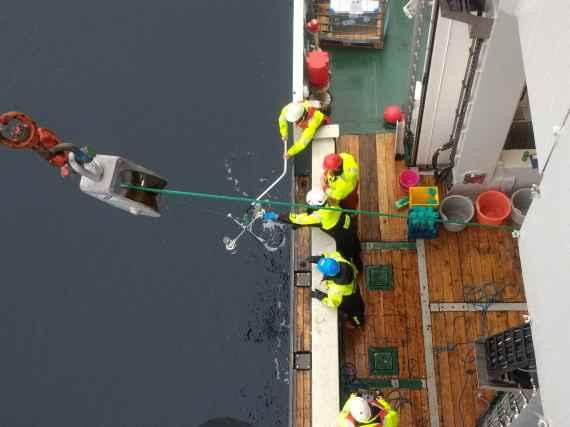 Sediment trap deployment (Picture: Bodil Bluhm, UiT)