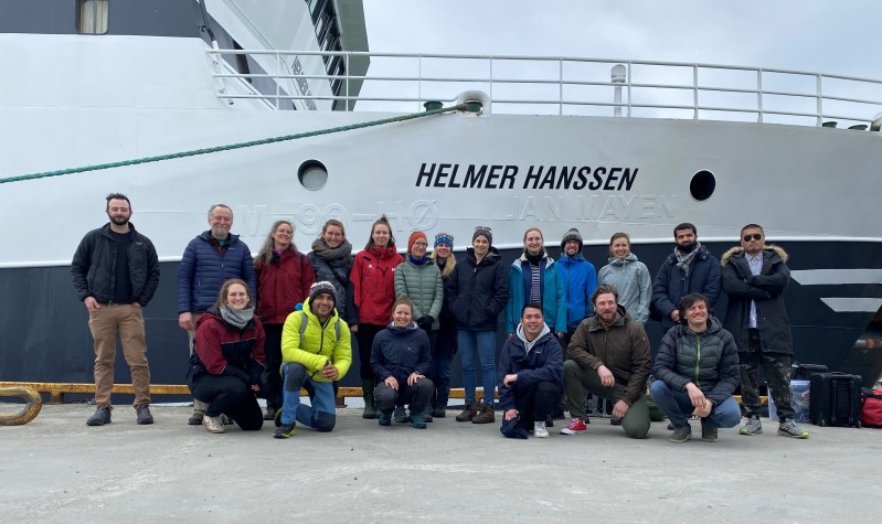 group picture ARCTOS/NL Polar front expedition 2021