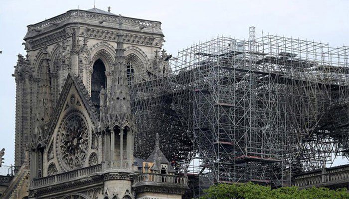 Photo of Notre-Dame cathedral ´nonetheless susceptible to collapse´ after hearth