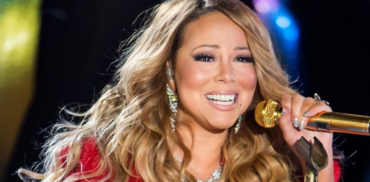 Photo of After 25 years, Mariah Carey music tops US charts