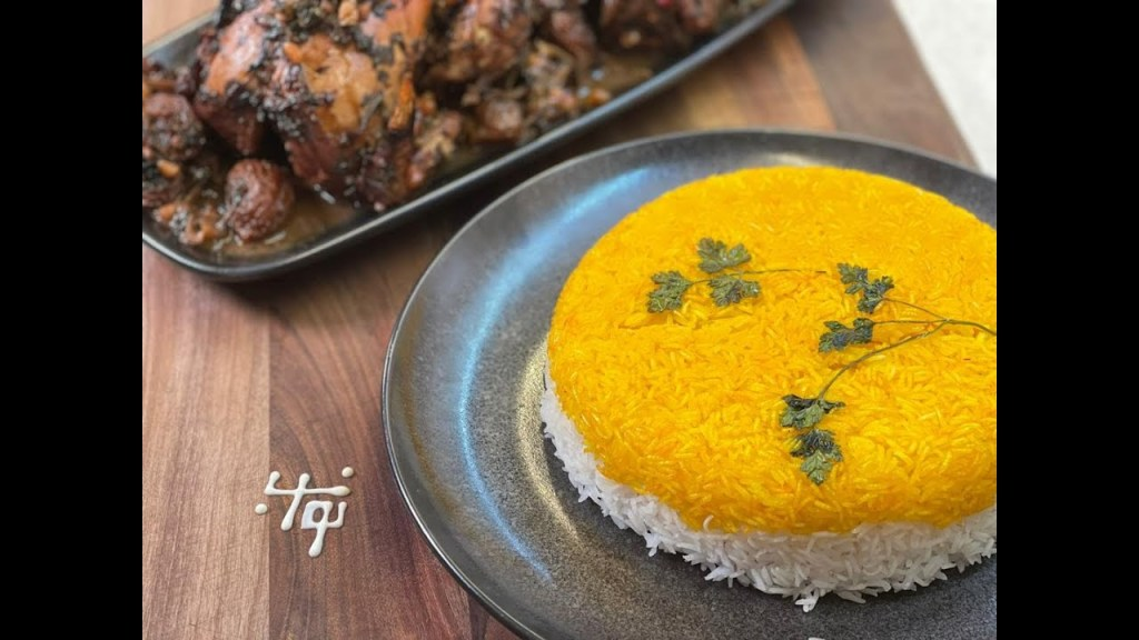 Read more about the article مرغ شکمپر و برنج زعفرونی با نواب – whole roasted chicken by navab