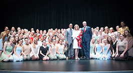 Eliza Culverhouse and UA President Stuart Bell with a large group of dance students