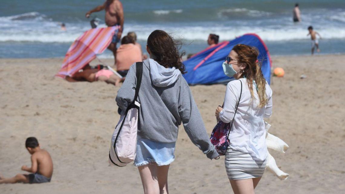 Playas de Mar del Plata: medidas, qué se puede hacer y qué no - AS Argentina